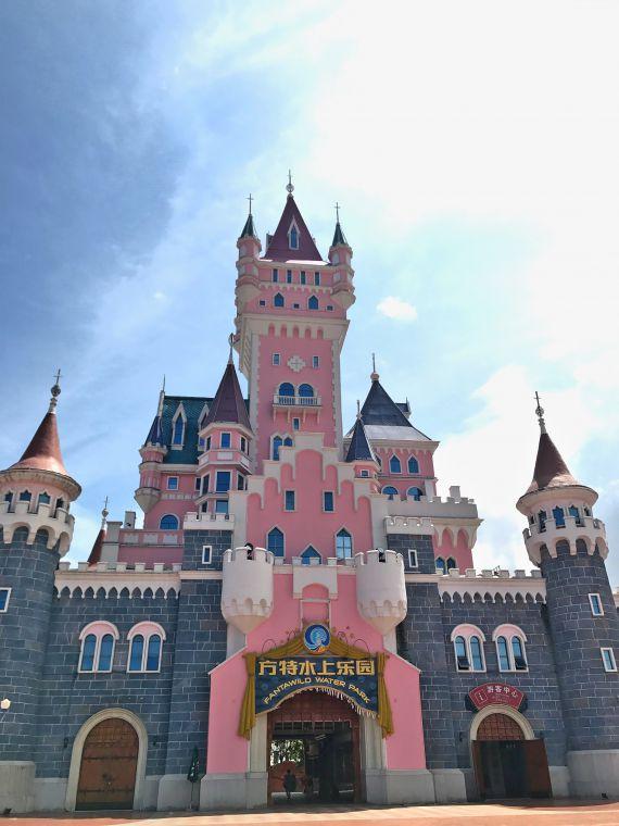 梦幻城堡作为入口