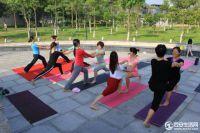 户外公益瑜伽
